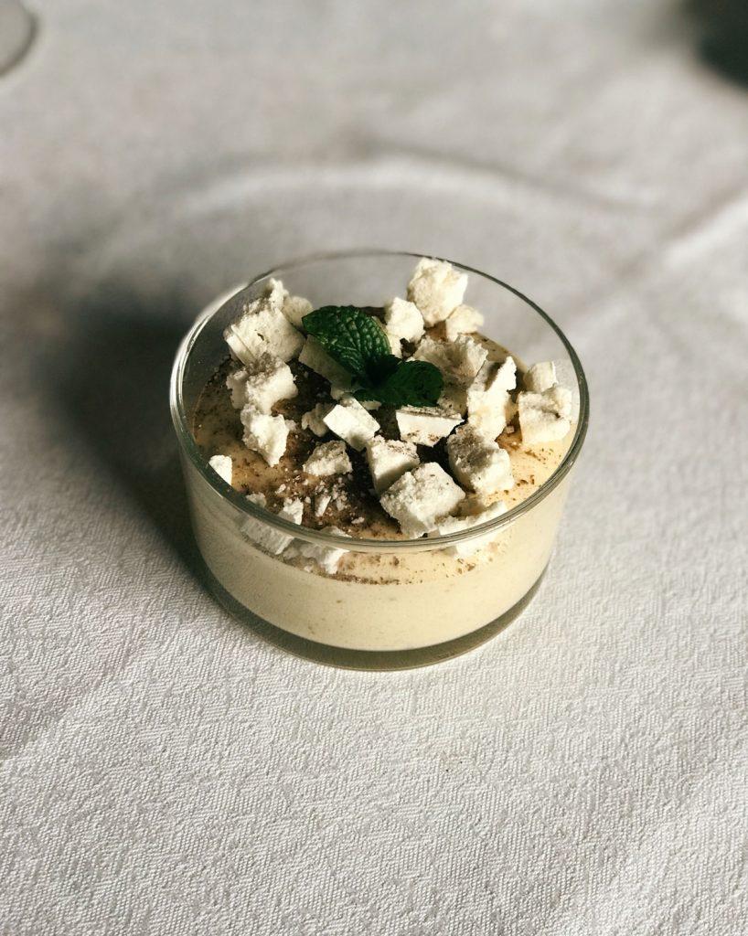 Mousse di castagne e granella di meringhe