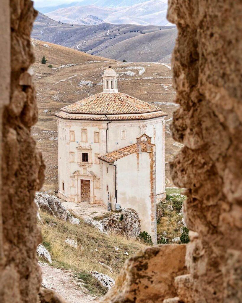 Chiesa di Santa Maria della Pietà Calascio