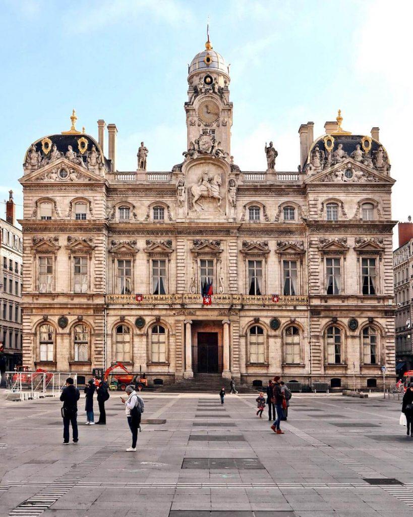 Hotel De Ville Lione